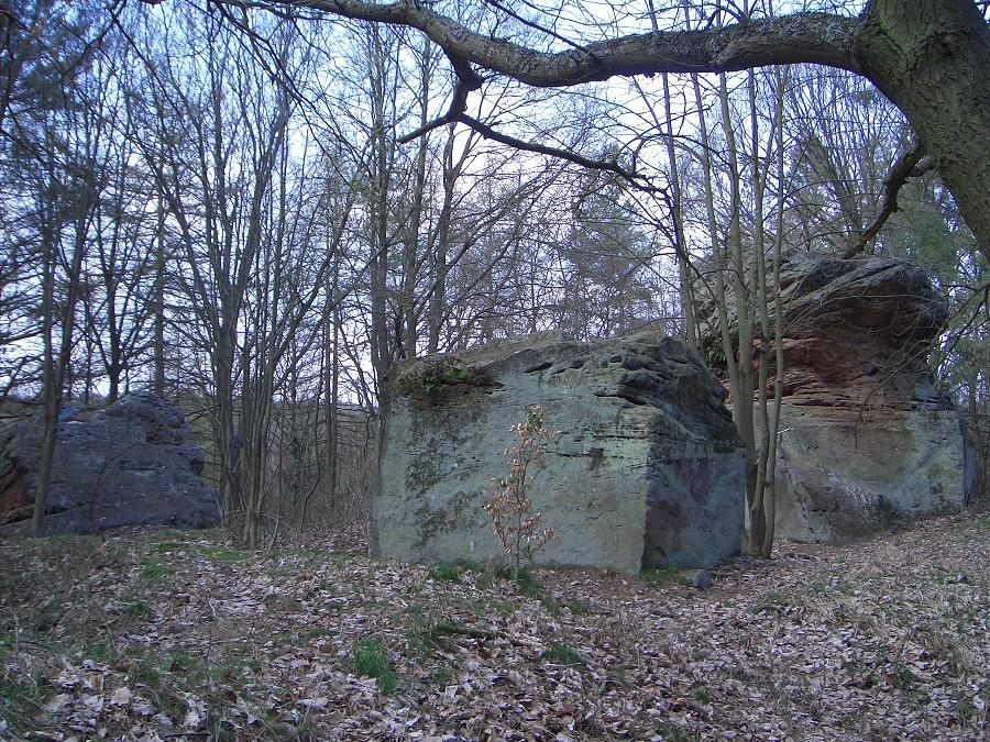 Rauhe Steine  /  Rauensteine